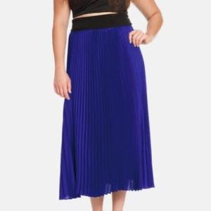 ELOQUII - Pleat A-Line Midi Skirt